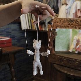 catpuppet2.jpg
