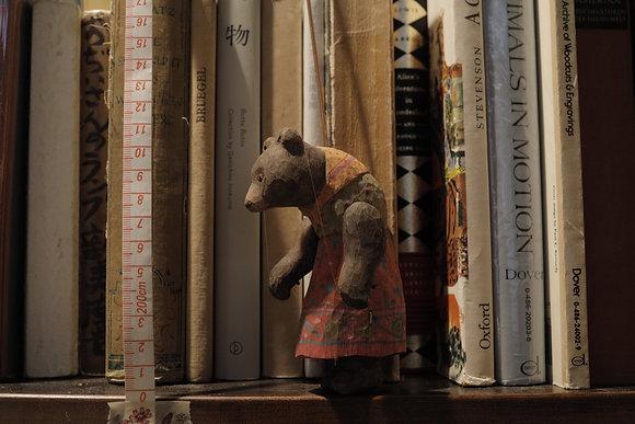 小さな糸操り人形 くま