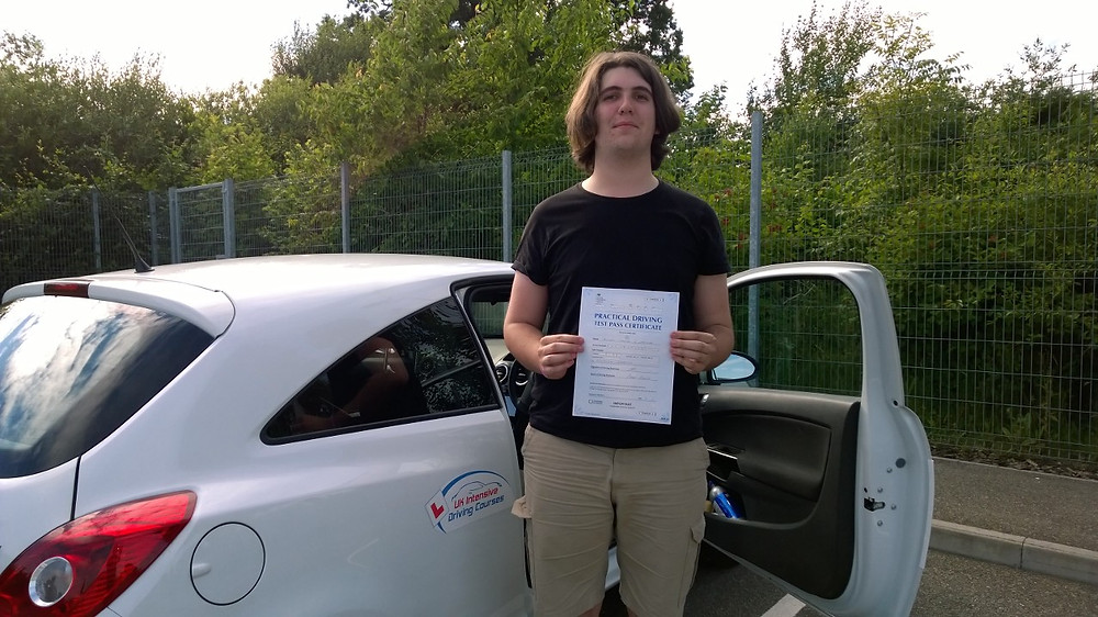 joseph cracknell passed on his uk intensive driving course.jpg