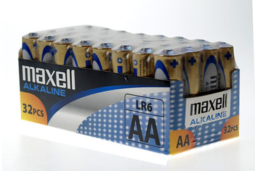 Alkaline AA 32pc Box 2 HR.jpg