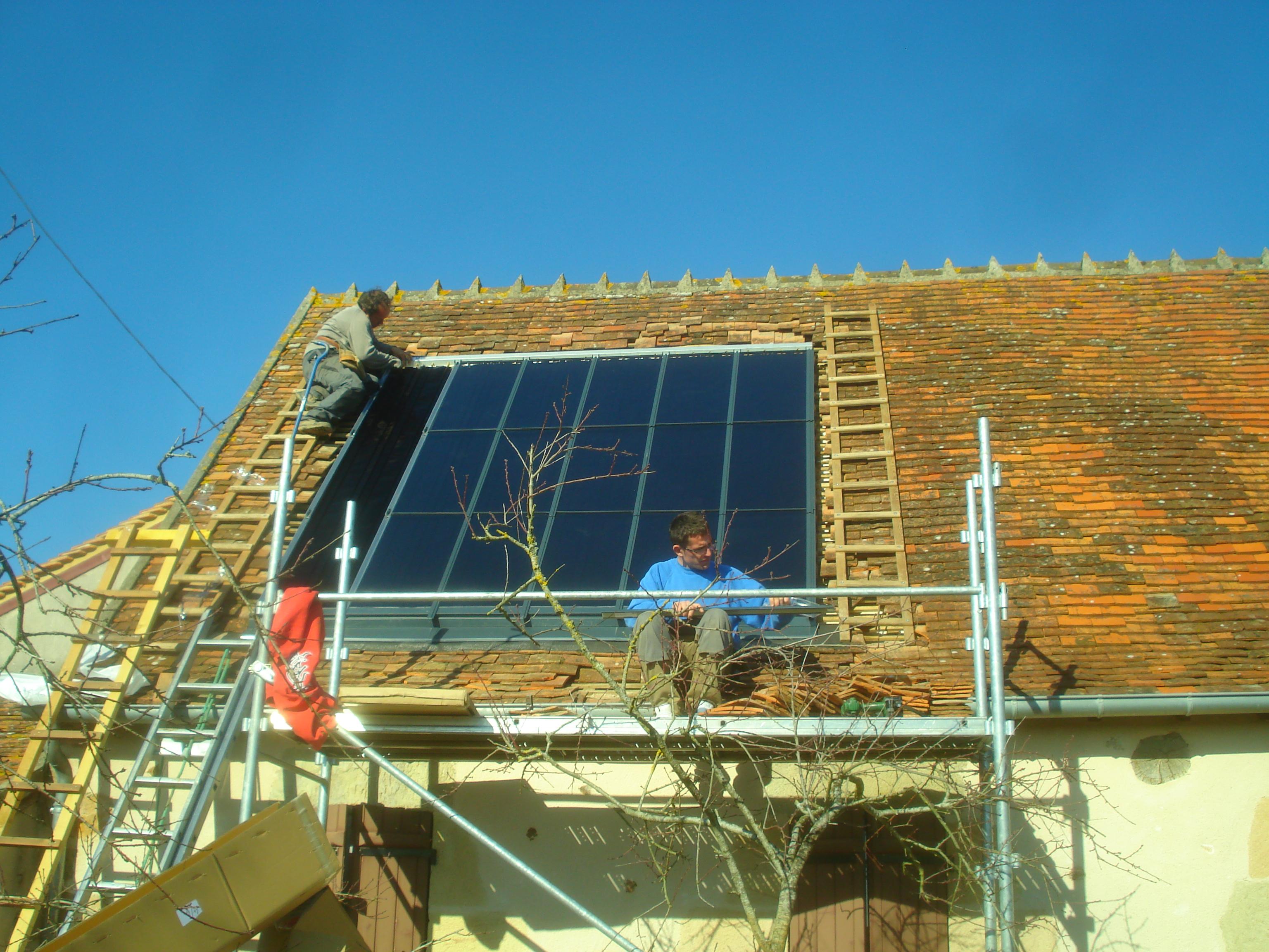 Installation des capteurs solaires