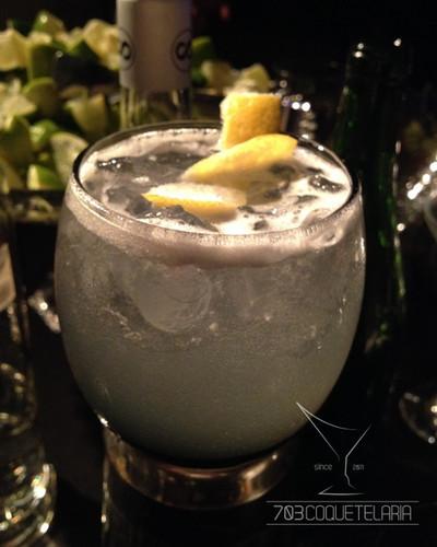 703coqutelaria_drinkscosmopolitan (1).jp
