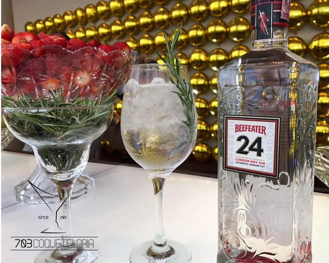 703coquetelaria-  drink gin tonica.jpg
