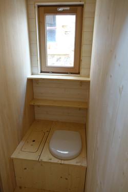 Toilettes_sèches_Tiny_house_les_cabanes_de_Sarah