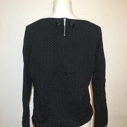 Dressing Suisse Pulls Et Chemises Sody Boutique Vide qpxFgw48