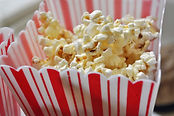 Freshly cooked popcorn