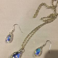 Irisdescent Crystal Drop Necklace Set