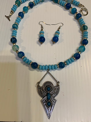 Actec Pendant with shades of blue beads Necklace Set