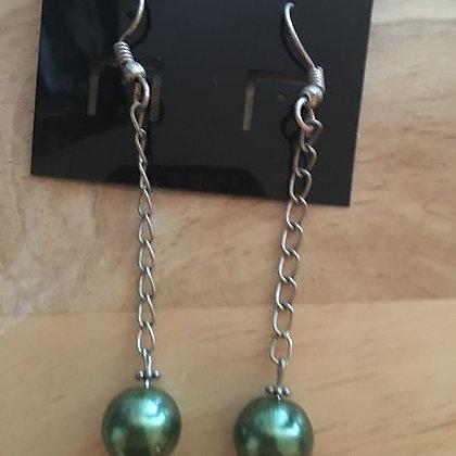 Green Bead On Chain