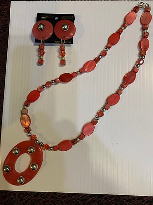 Vintage Pink Necklace Set - Clipon Earrings