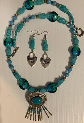 """Southwest Turquoise"" Necklace Set"