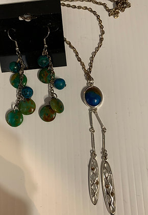 """""""A Lil' Sumthin"""" Necklace Set"""