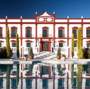 Villa Palacio Sevilla .jpeg