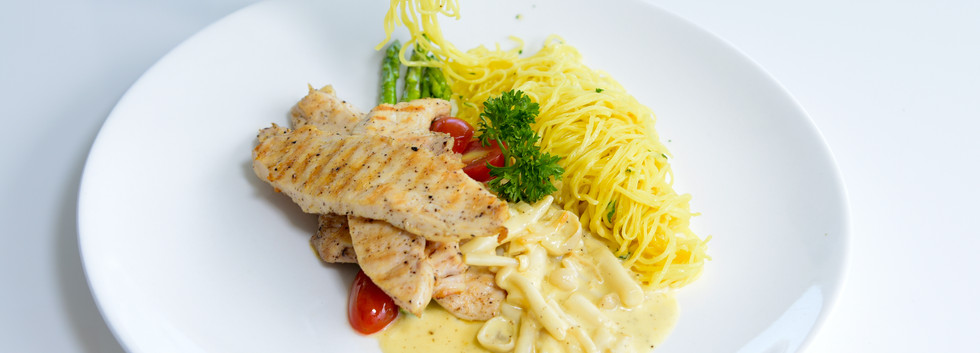 Grilled Chicken Breast with Yellow Noodle