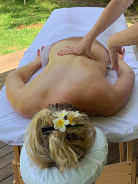 balinais dos massage siri.jpeg