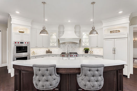 Beautiful Kitchen in Luxury Home with la