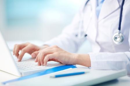 Nurse-At-Computer-iStock_000025280569_Sm
