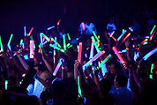 Glow-stick-concert-glowsticks-39566520-6
