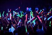 Glow-stick-concert-glowsticks-39566520-6