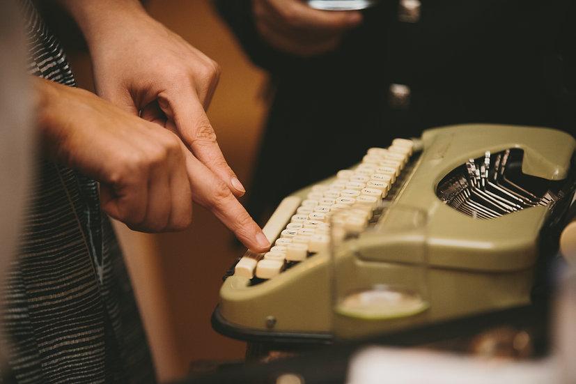 Hire Vintage Typewriter