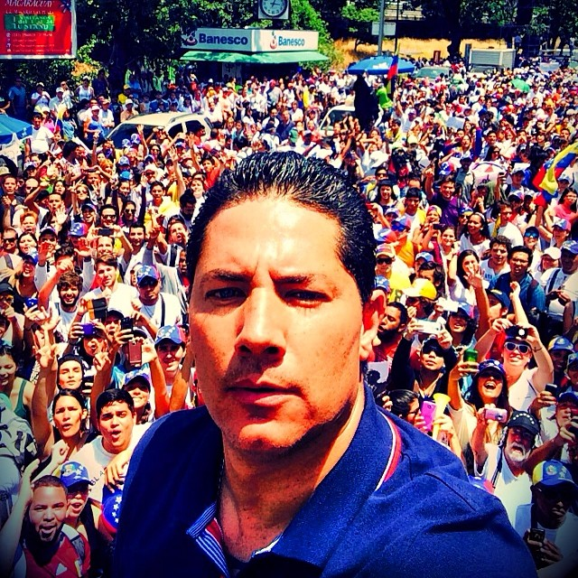 No es más que un _hasta luego_. Nos vemos pronto #Venezuela, estoy con uds y uds conmigo