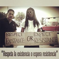 Algunas de las frases de manifestantes por la muerte de #MichaelBrown #ferguson #RT