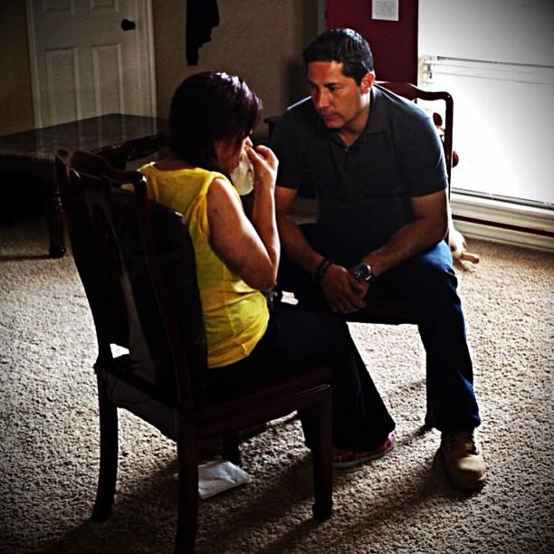 Esta noche en Conclusiones por CNN en español y CNN Latino entrevista exclusiva con una heroina hisp