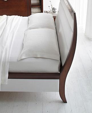 particolare letto Line.jpg