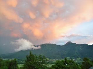 ciel d'orage gite du mont Bogon