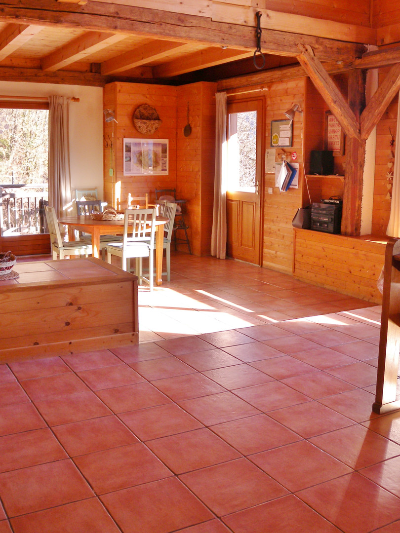 Gite du Mont Bogon salon et cuisine