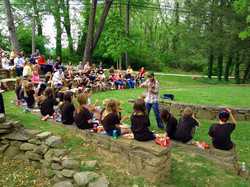 todd elliott entertains Rockingham County kids