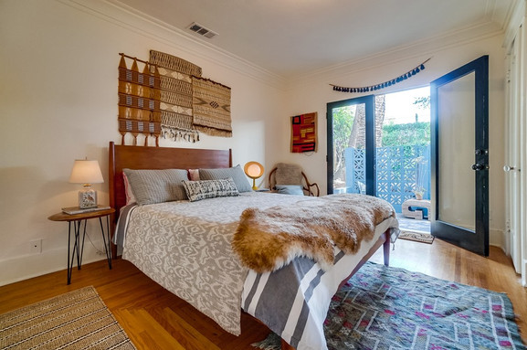 LUCILE – renovated & staged Sold $361K over asking