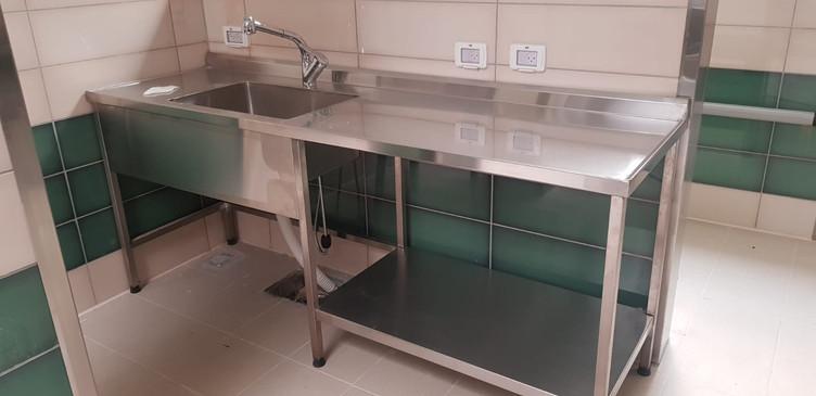 שולחן עבודה נירוסטה