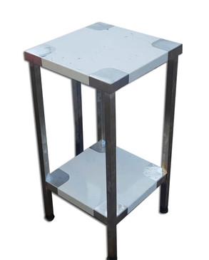 שולחן נירוסטה קטן