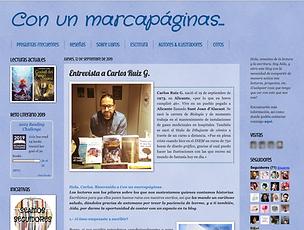 Con_un_marcapáginas.png