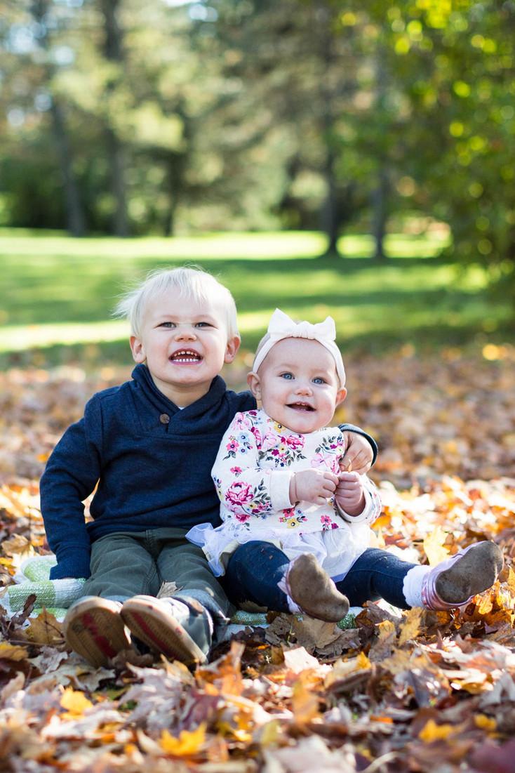 The Neils Family: Edina, MN