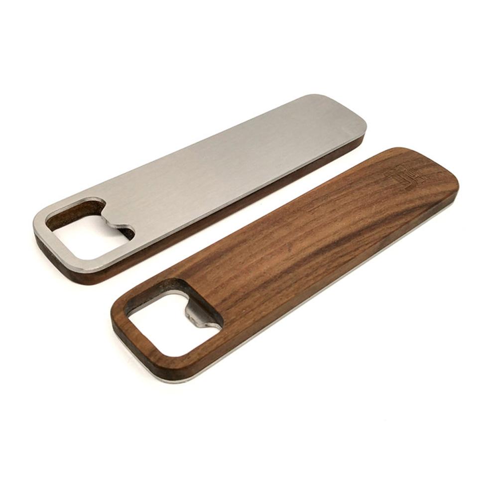 ubu-design-décapsuleur-bois-main