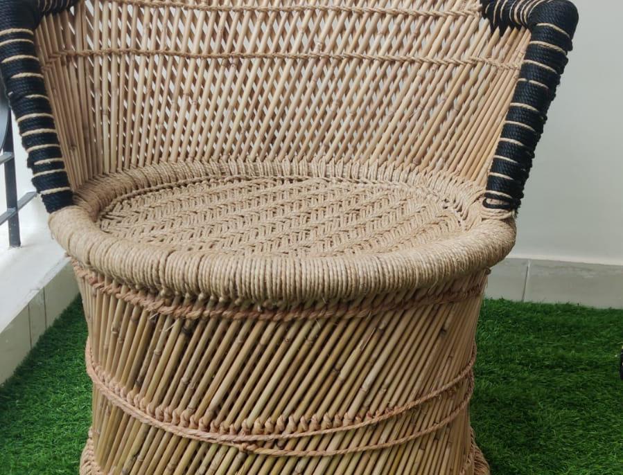 Handmakers ! Black & Beige Bamboo (SARKANDA) Chair