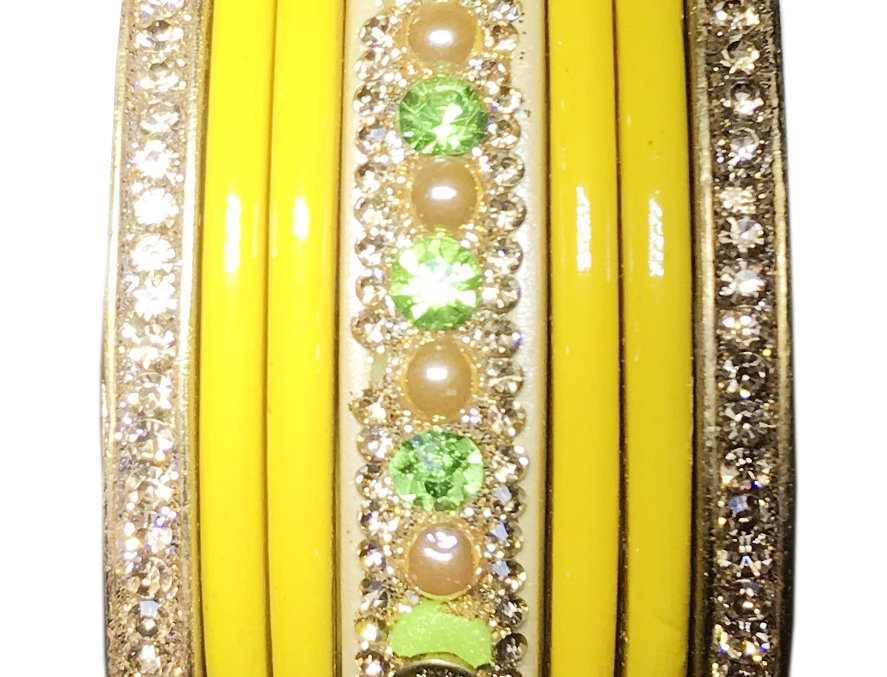 Yellow Chudi With With Gold Platted LAKH Kangna