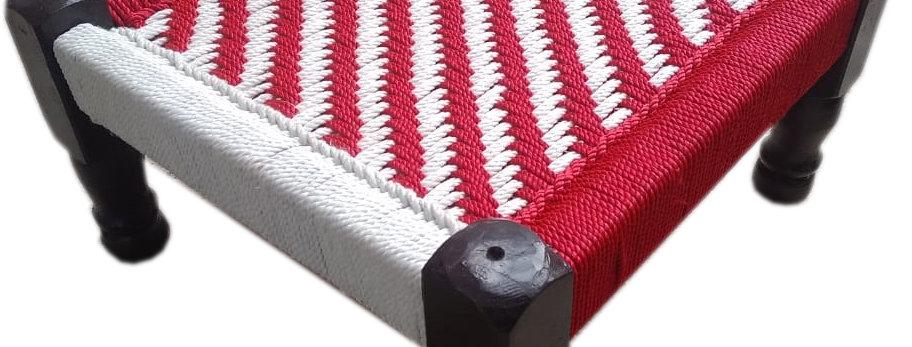 White & Red Wave Design Chowki