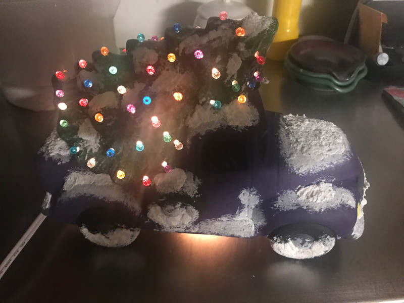Lighted Ceramic Truck w/Tree