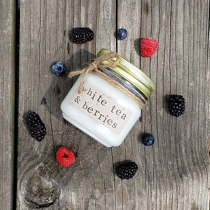 White Tea & Berries Soy Candle