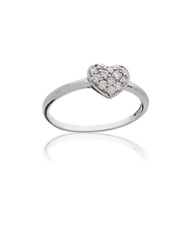 Anel em ouro branco com diamantes encrustrados no coração