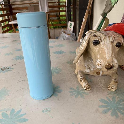 ドッグランクラブ広島に水色の水筒の忘れ物がありました。