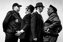 Blues_brothers_in_prison_GB_Werktheater_