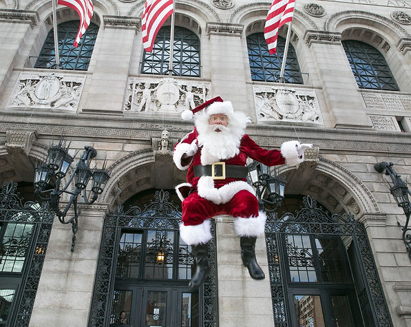 Santa Boston is the best Santa Claus in New England. Amazing photos and visits with Santa Claus at your corporate party, home or for a special event or occasion. Santa Jim is the best Santa Claus to hire in Massachusetts. He is experienced, authentic and a delight to interact with, whether you have one child or many children at heart at your event.