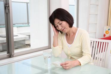 給關心長輩的你:吞嚥困難有7大警訊,容易嗆到、吃太久都要注意-思比語言治療所