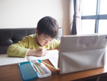 進入國小一年級,孩子原來「十大不適應」,尤其上課不專心、不會抄黑板!