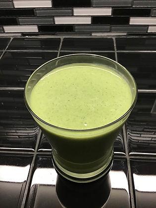 Tropical Kale Smoothie 2.jpg