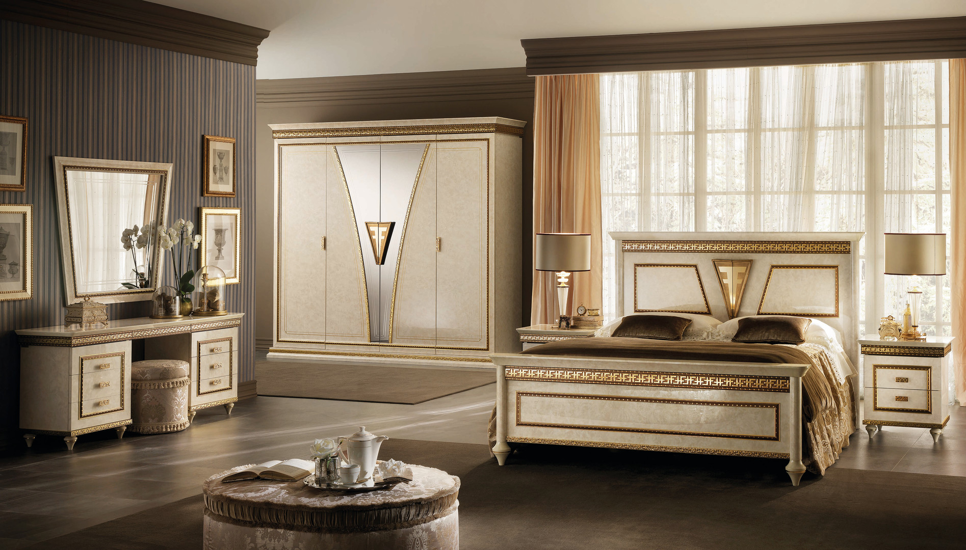 Fantasia complete bedroom with dressing